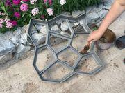 Продажа форм-опалубок для изготовления садовых дорожек от производител