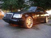 Мерседес 300С-купе черного цвета отличного качества 5000 у.е. 1991 год